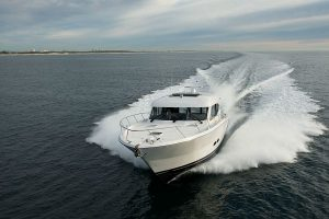 Maritimo S48 Front view