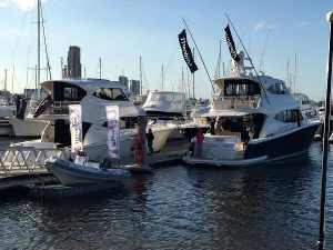 Pop up boat Show